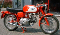 Photo of a 1964 Aermacchi 250 Ala d'Oro