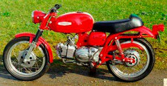 Photo of a 1970 Aermacchi Ala Verde Sport