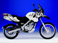 Photo of a 1999 BMW F650GS Dakar