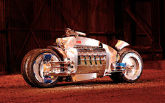 Photo of a 2003 Dodge Tomahawk