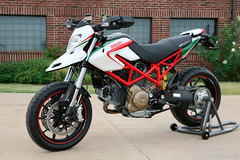 Photo of a 2009 Ducati Hypermotard 1100