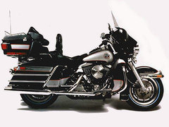 Photo of a 1998 Harley-Davidson FLHTCI Electra Glide Classic Injection