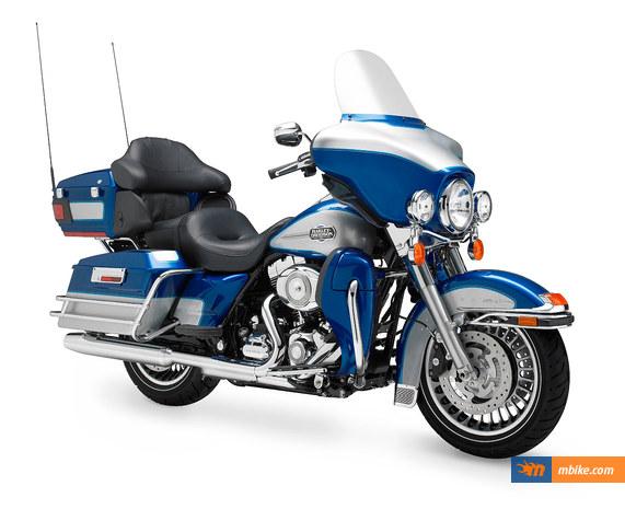 2010 Harley-Davidson FLHTCU Ultra Classic Electra Glide