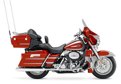 Photo of a 2006 Harley-Davidson FLHTCUSE Screamin' Eagle Ultra Classic Electra Glide