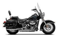 Photo of a 2001 Harley-Davidson FLSTC Heritage Softail Classic
