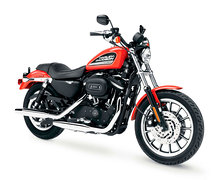 Photo of a 2005 Harley-Davidson XL883R Sportster