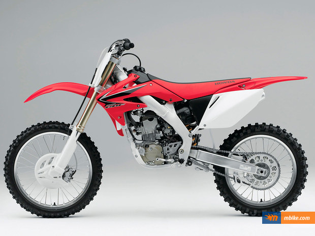 Honda Crf 250 R 2004 Motorcycle Photos And Specs