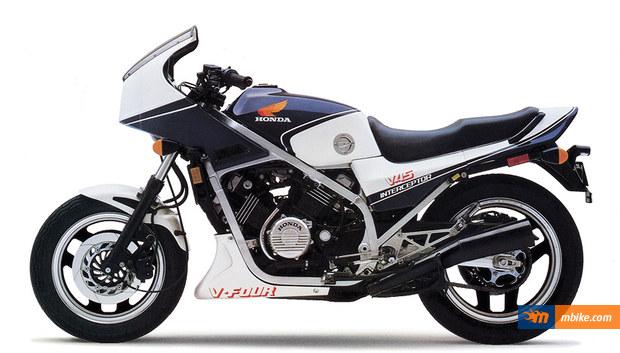 Honda VF 750 F 1983 - Fiche moto - MOTOPLANETE