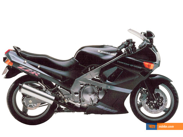 Photo Of A 1992 Kawasaki ZZR 600