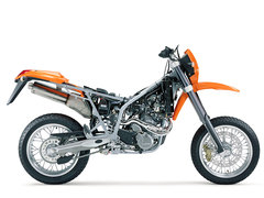 Photo of a 2004 KTM 640 LC4 Supermoto