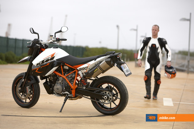 2009 KTM 990 Supermoto R