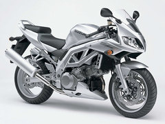 Photo of a 2004 Suzuki SV 1000 S