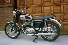 Photo of a 1970 Triumph T 100 R