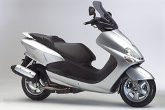 Photo of a 2004 Yamaha Majesty 125