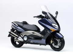 Photo of a 2004 Yamaha T-Max 500