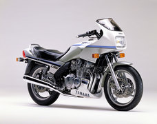 Photo of a 1989 Yamaha XJ 900
