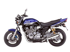 Photo of a 2002 Yamaha XJR 1300