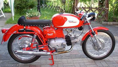 Photo of a 1968 Aermacchi 250 Ala Verde serie 2