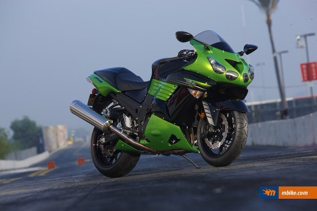 Kawasaki Ninja Parts - buy now at BikeBandit.com the most trusted source for Kawasaki Ninja parts on the web.