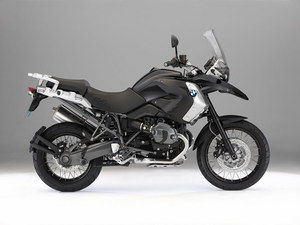 The 2011 BMW R1200GS Triple Black