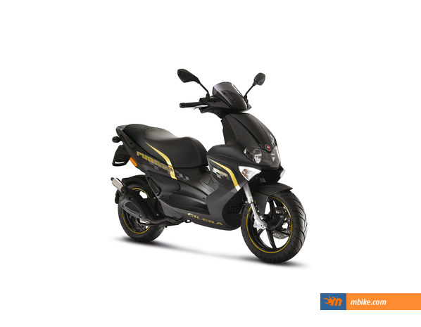 The new Gilera Runner 50 Black Soul