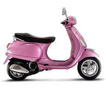 Photo of a 2011 Vespa LX Rosa Chic 125