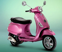 Photo of a 2011 Vespa LX Rosa Chic 150