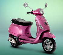 Photo of a 2011 Vespa LX Rosa Chic 50 2T