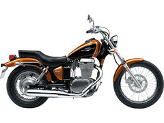 Photo of a 2011 Suzuki Boulevard S40