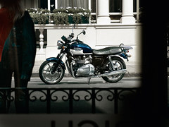 Photo of a 2011 Triumph Bonneville SE