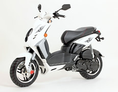Photo of a 2011 Peugeot Blaster Ice Blade