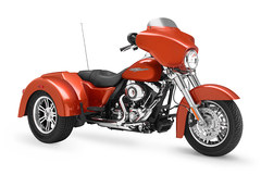 Photo of a 2011 Harley-Davidson FLHXXX Street Glide Trike