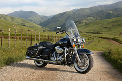 Photo of a 2012 Harley-Davidson FLHRC Road King Classic