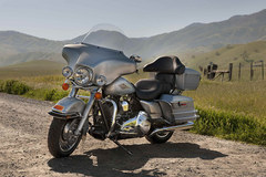 Photo of a 2012 Harley-Davidson FLHTC Electra Glide Classic