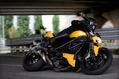 Photo of a 2012 Ducati Streetfighter 848