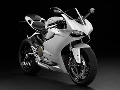 Photo of a 2014 Ducati Superbike 1199 Panigale