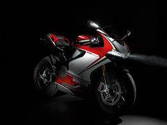 Photo of a 2013 Ducati Superbike 1199 Panigale S Tricolore