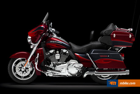 2013 Harley-Davidson FLHTCUSE8 CVO Ultra Classic Electra Glide Picture - Mbike.com