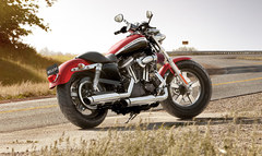 Photo of a 2013 Harley-Davidson XL1200C Sportster Custom